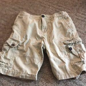 Aeropostale Size 28 Mens Tan Cargo Shorts